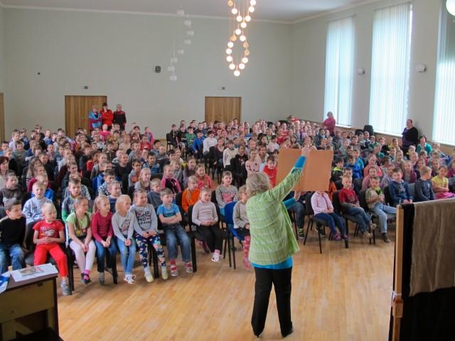 Evankeliumi Latvian lapsille
