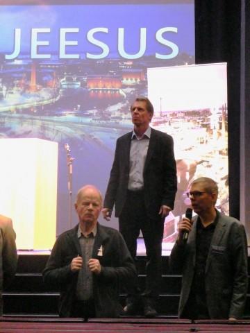 SUURI JEESUS huhtikuu